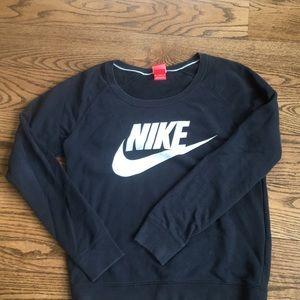Black NIKE Pullover